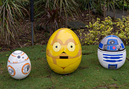 C3PO, R2D2 and BB8 in the Disney Character Egg Hunt at Hong Kong Disneyland