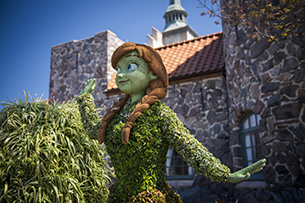 Anna Topiary at The Epcot International Flower & Garden Festival