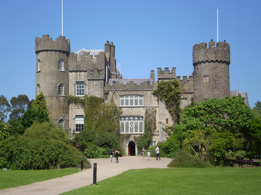 Discover Dublin's North Coast and Malahide Castle