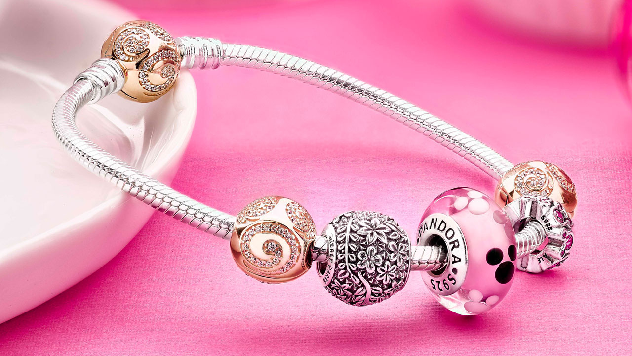 New 14k Gold Pandora Jewelrying To Cherry Tree Lane In Disney Springs  On April 29