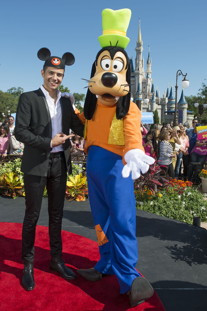 Luis Coronel Visits with Goofy at Magic Kingdom Park