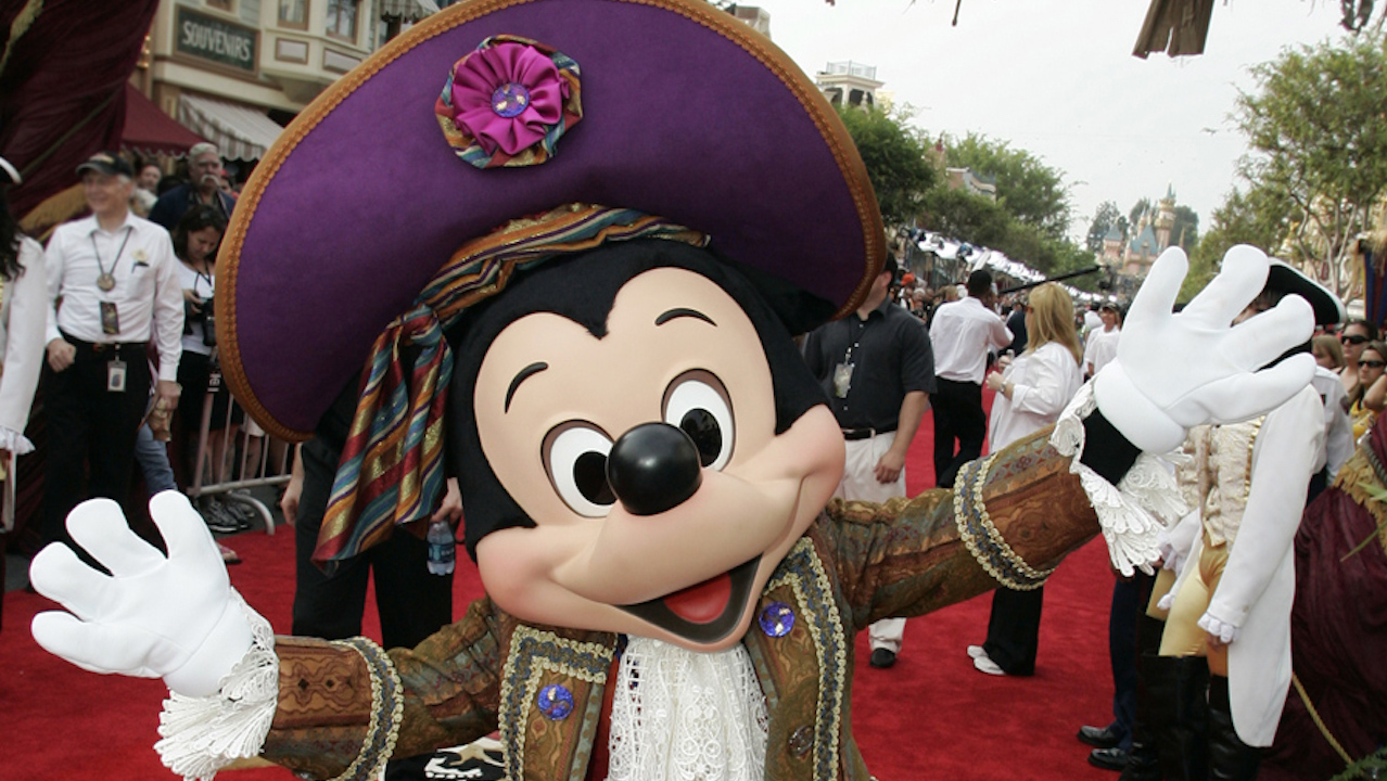 Mickey Mouse at the Premiere of ''Pirates of the Caribbean – On Stranger Tides'