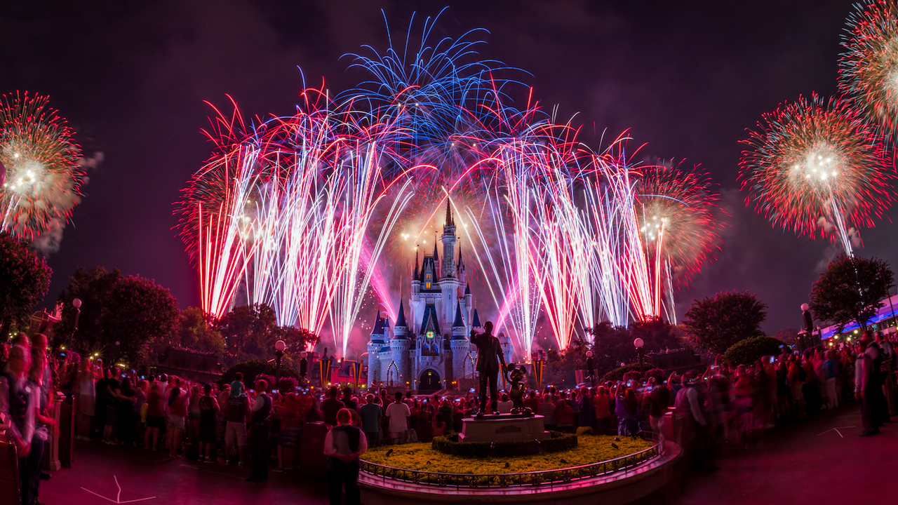 Watch Our Disney Parks Live Stream of Disney Fireworks on Monday, July 4, at 8:50 p.m. ET