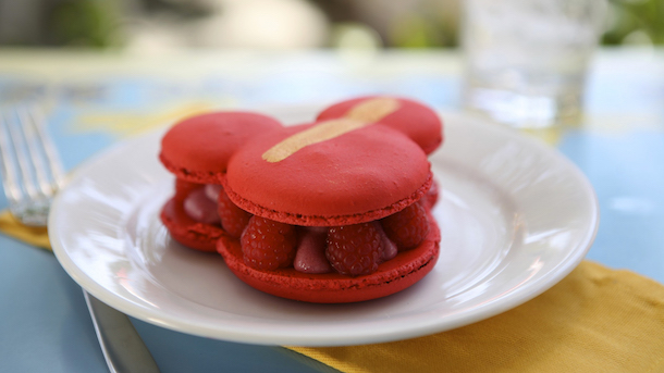 Mickey-shaped Macaron (available in Rose-Raspberry as well as a seasonal flavor), Jolly Holiday Bakery Café at Disneyland Park