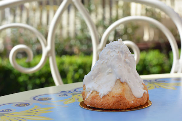 Matterhorn Macaroon, Jolly Holiday Bakery Café at Disneyland Park