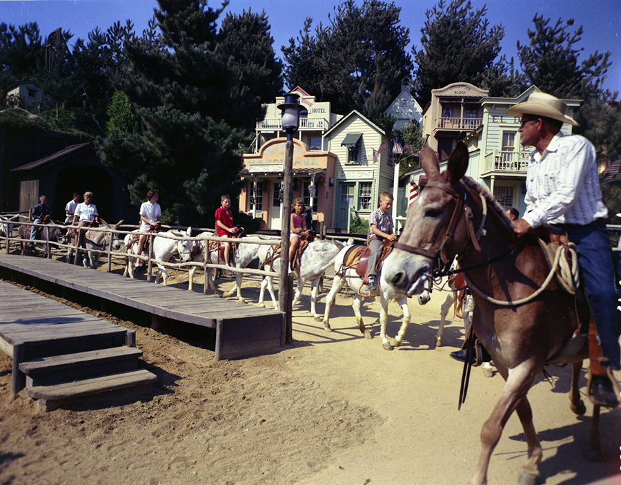 Mule Pack Original Attraction at Disneyland Park