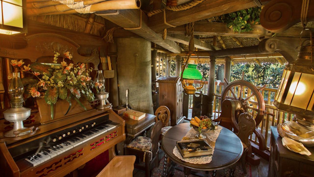 Quiz Swiss Family Treehouse At Magic Kingdom Park
