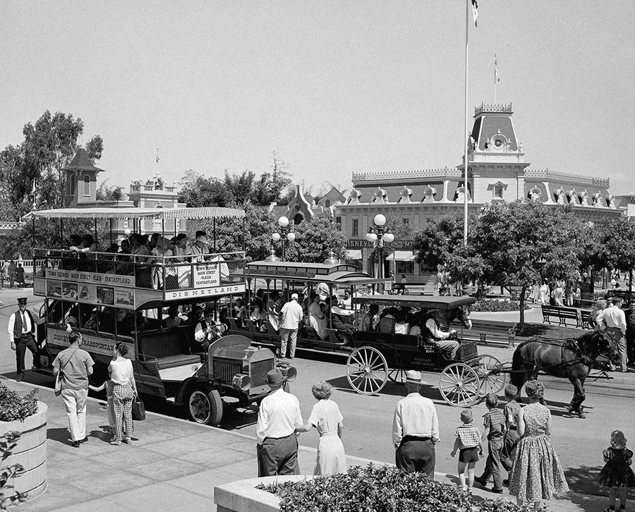 A Look Back: The Disneyland Omnibus Debuts in 1956