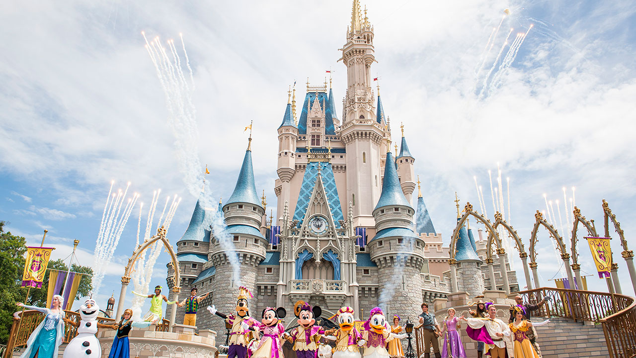 "New Fall Finale for ""Mickey's Royal Friendship Faire"" Debuts This Week at Magic Kingdom Park"