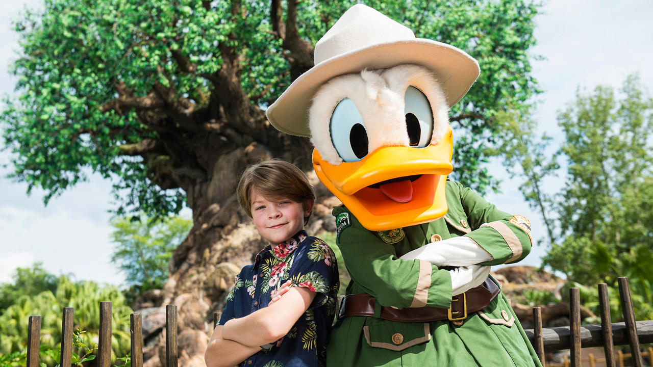 'Pete's Dragon' Actor Oakes Fegley with Donald Duck