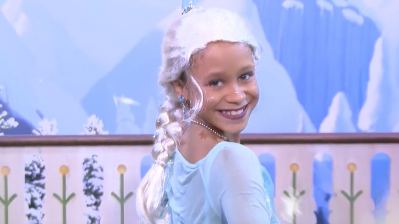 'Frozen'-Inspired Makeup Tutorial