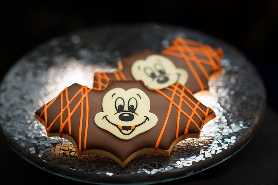 Spellbinding Sweets and Treats: Your Guide to Eats During Halloween Time at the Disneyland Resort