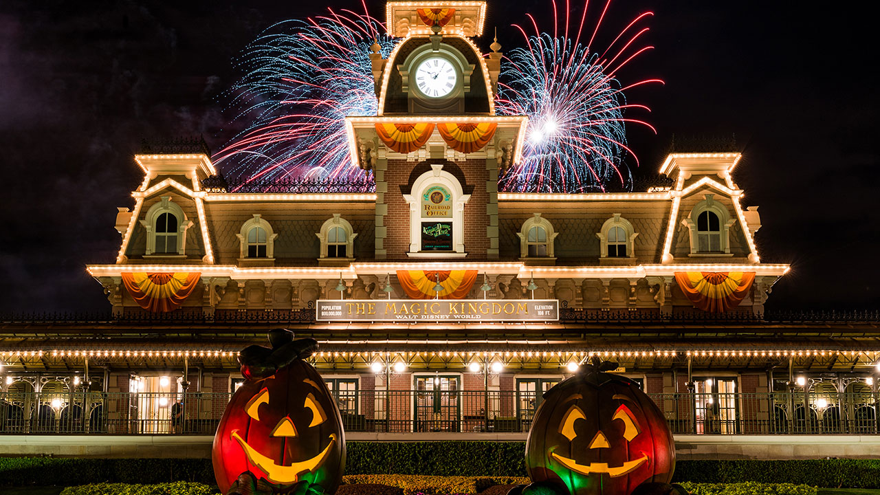 First Day of Autumn Ushers In Season of #WonderFALLDisney Experiences at Walt Disney World Resort