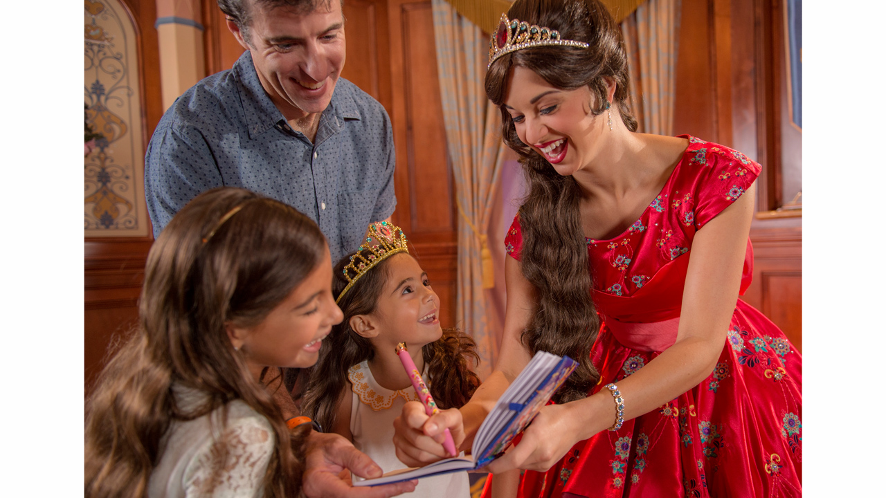Meet Princess Elena Of Avalor At Magic Kingdom Park Beginning