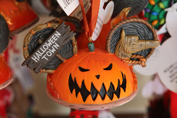 Pumpkin-Themed Products Picked from Disney Parks