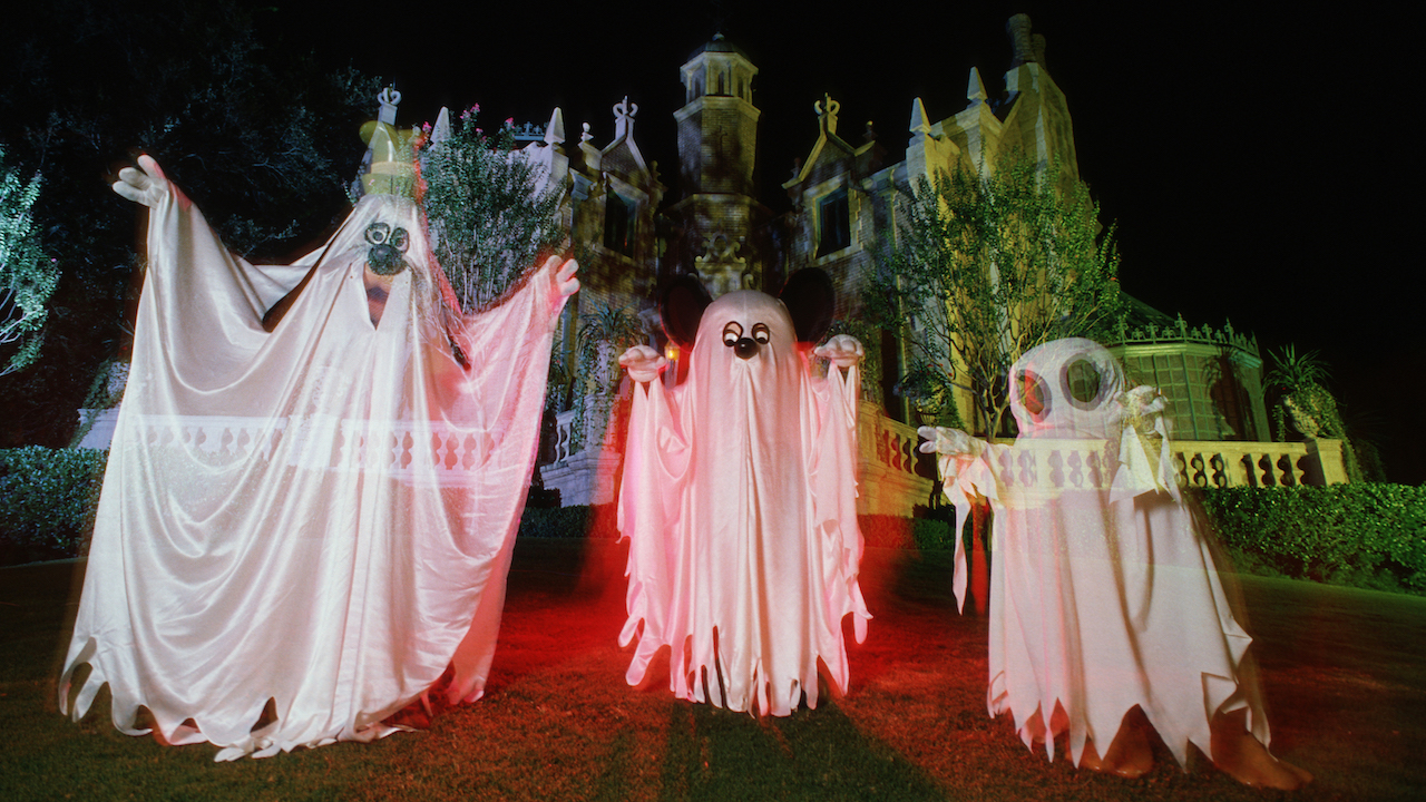 Days of Disney Past: Haunts at the Haunted Mansion