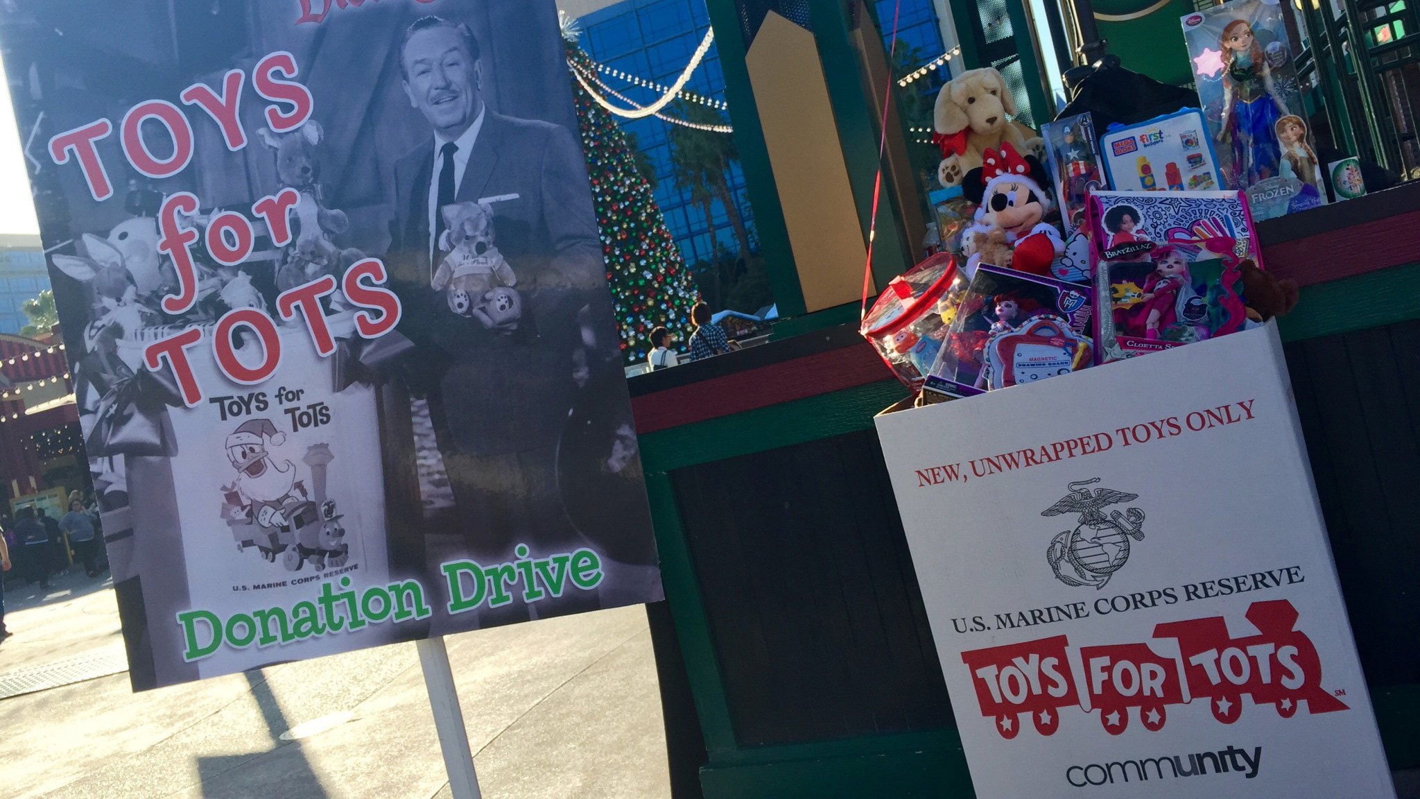 Disney Toys For Tots : Donate to toys for tots at the disneyland resort november