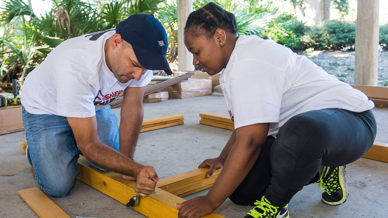 Disney Cruise Line Crew Members Build Outdoor Classroom to Inspire Kids to Connect with Nature