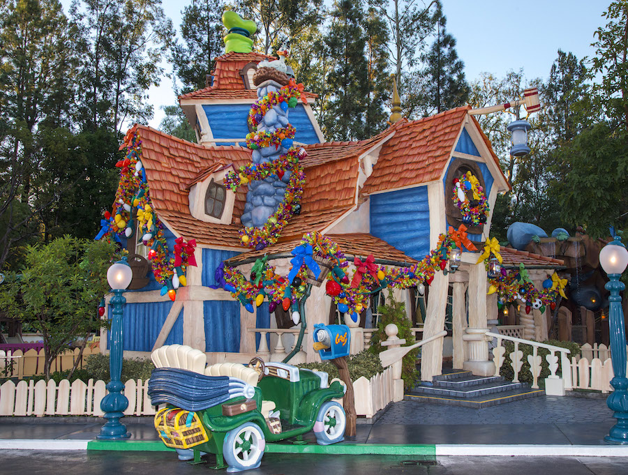 A Neighborhood with Character: Holidays in Mickeyu2019s Toontown at Disneyland Park : Disney Parks Blog