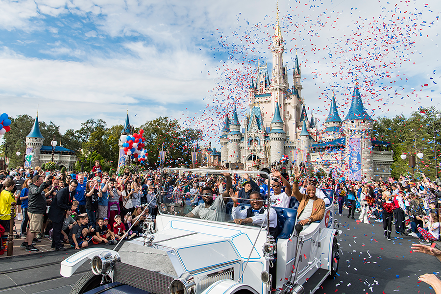 NFL Stars Participate in Special Pro Bowl Parade at Walt Disney World Resort