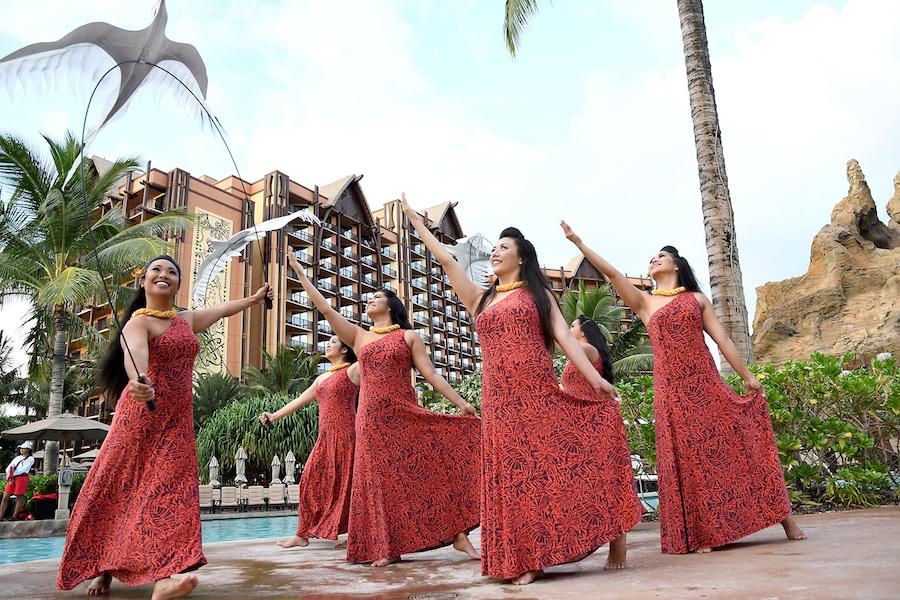 Hula at the Waikolohe Pool at Aulani, a Disney Resort & Spa