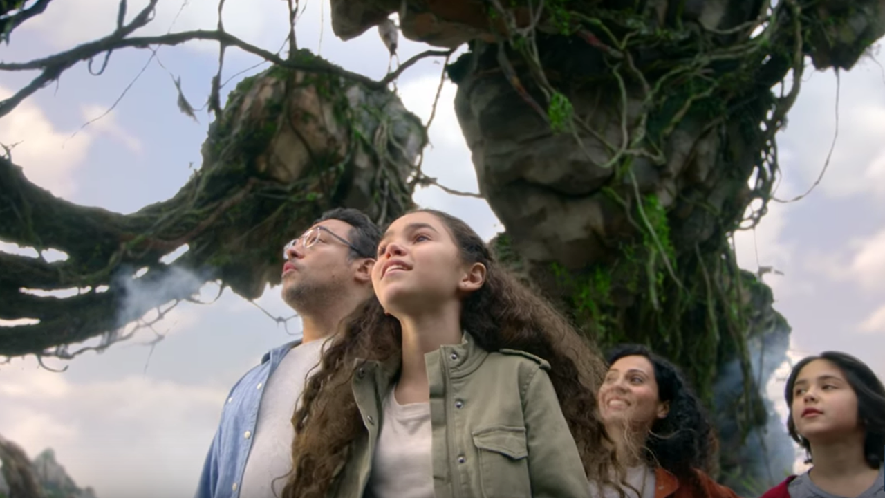Filmmaker James Cameron Offers A New Look Inside Pandora - The World of Avatar