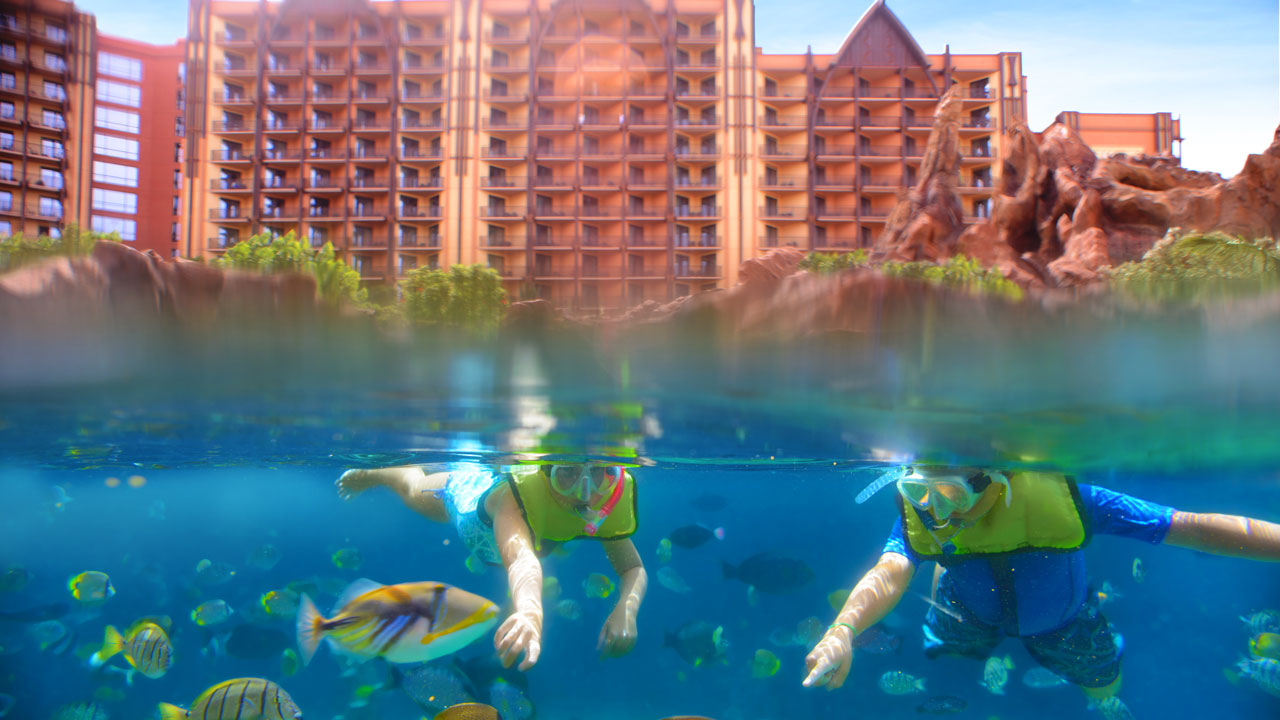 The Language of Aloha at Aulani, a Disney Resort & Spa: Lauwiliwilinukunukuʻoiʻoi