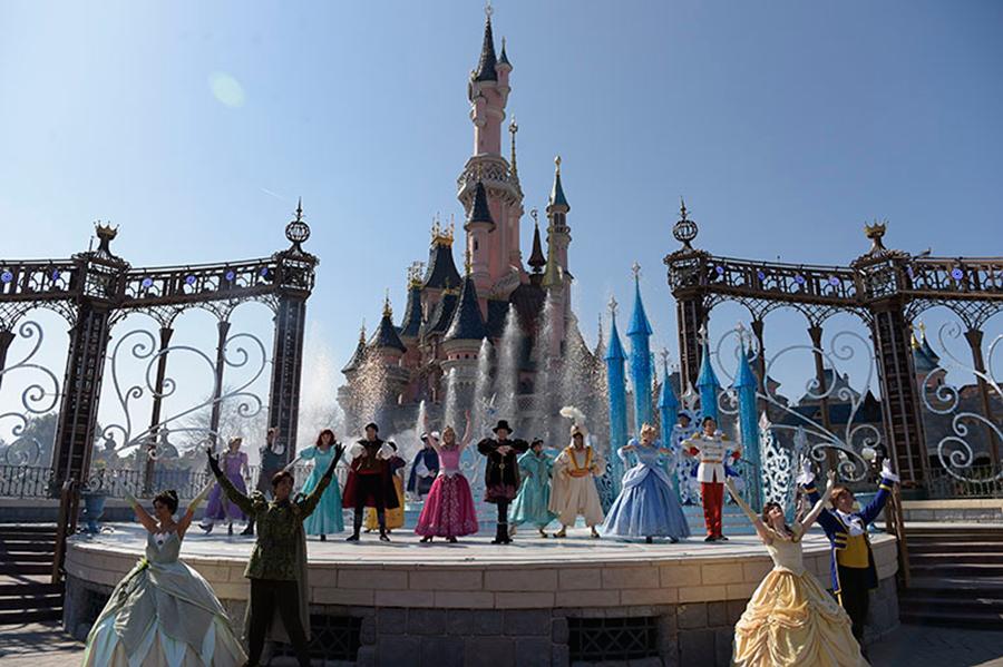 Disney Parks in Full Bloom for Spring