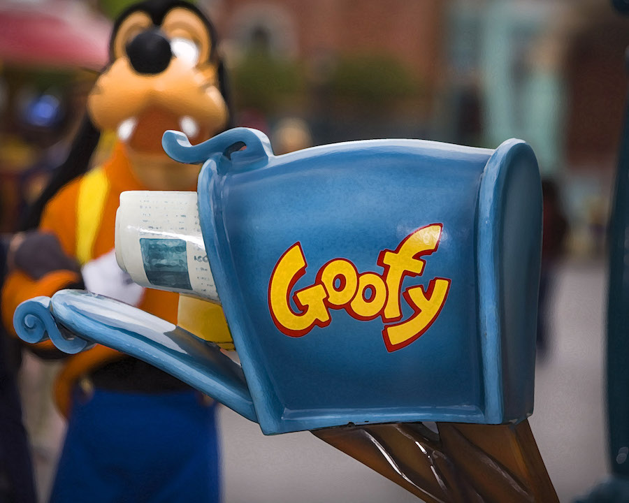 Goofy's Mailbox in Toontown at Disneyland Park