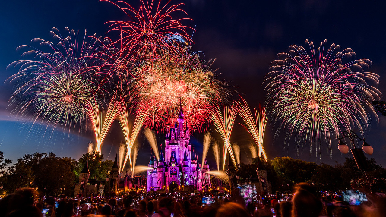 #DisneyParksLIVE To Live Stream Fourth Of July Fireworks