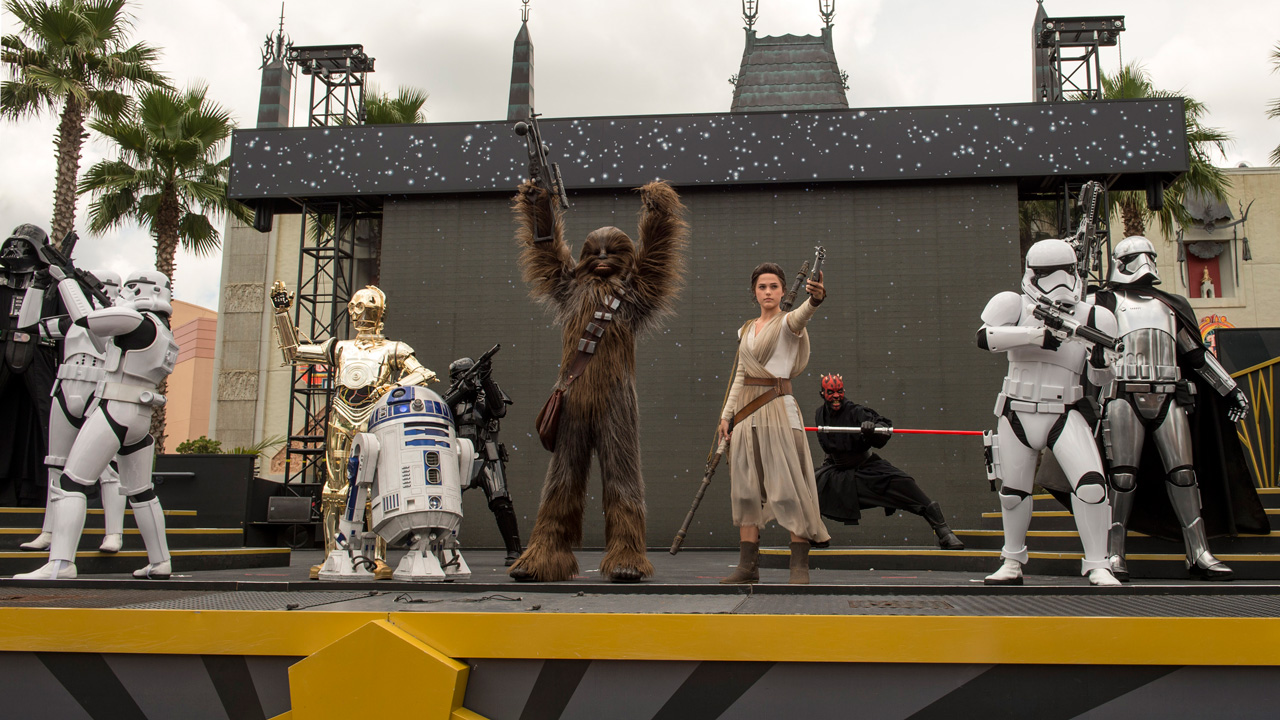 """Rey Joins """"Star Wars: A Galaxy Far, Far Away"""" at Disney's Hollywood Studios"""