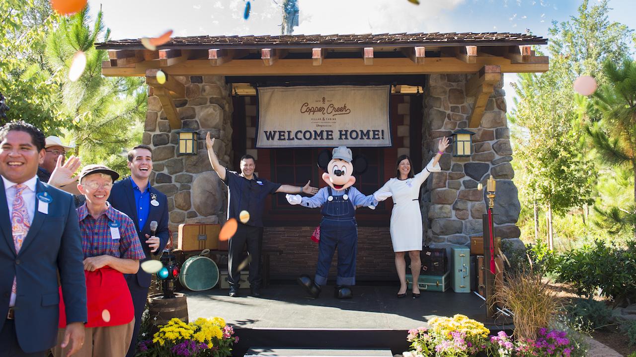 Copper creek villas cabins at disney s wilderness lodge for Cabins at wilderness lodge