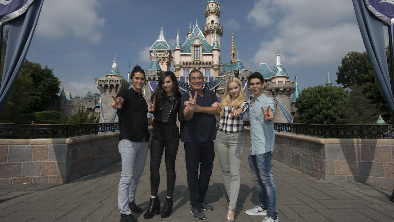 Watch LIVE: 'Descendants 2' Villain Kids to be Mickey's Soundsational Parade Grand Marshals at Disneyland Park Today at 4 p.m. PST