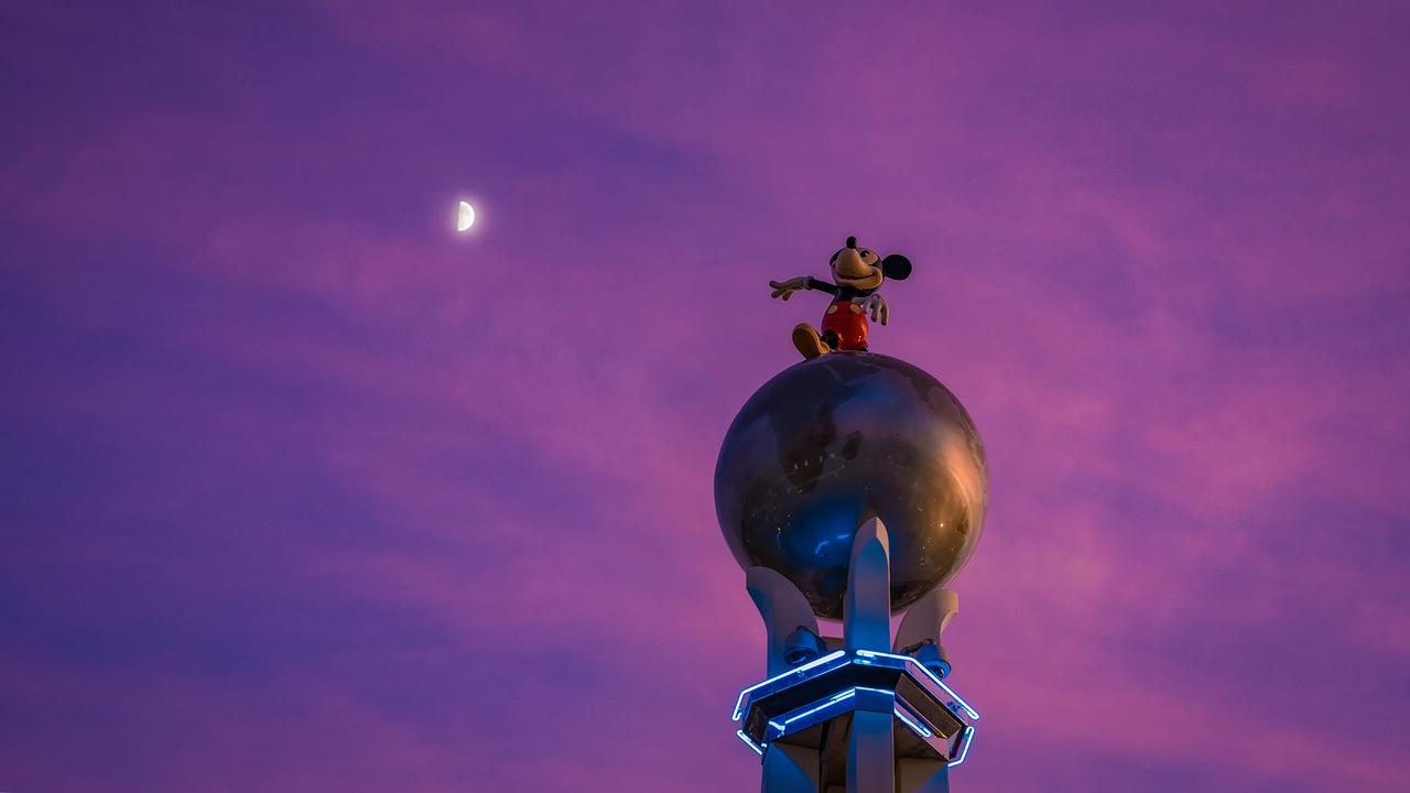 Mickey Crossroads