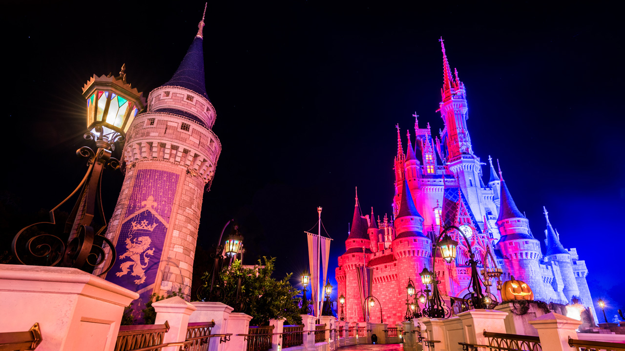 Mickey's Not-So-Scary Halloween Party Starts Tonight | Disney ...