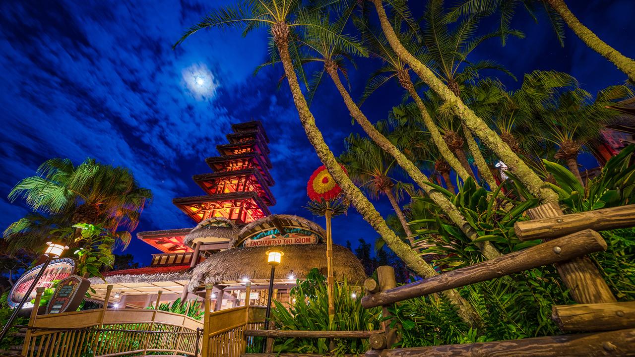 Disney Parks After Dark: Walt Disney\'s Enchanted Tiki Room at ...