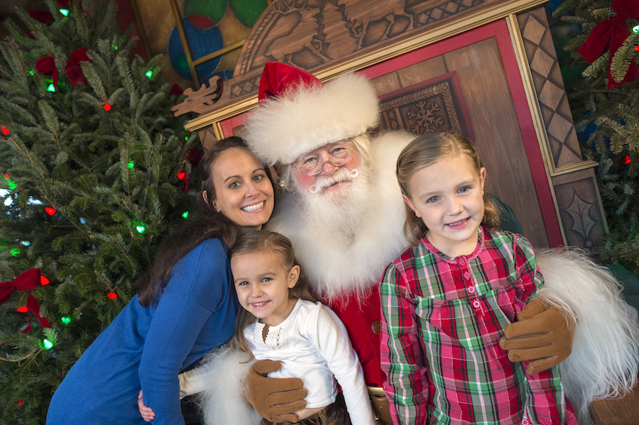 Santa at Disney Springs