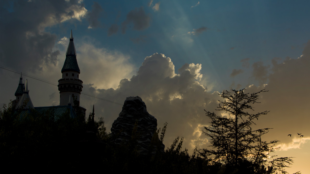 Sunrise at Disneyland Park