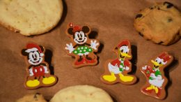 Disney Gift Card Holiday Pin Series