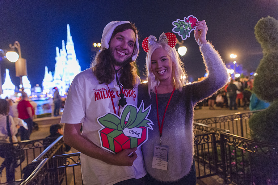200 Disney Parks Blog Readers Enjoy Mickey's Very Merry Christmas Party