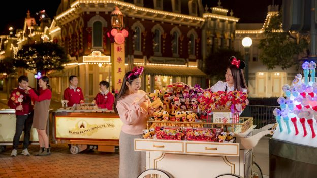 Experience the Chinese New Year Night Market at Hong Kong Disneyland