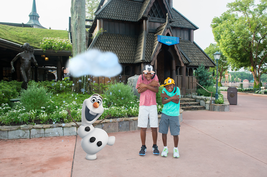 Disney PhotoPass Magic Shot with Olaf at Epcot