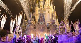 'Hocus Pocus Villain Spelltacular' Show during Mickey's Not-So-Scary Halloween Party