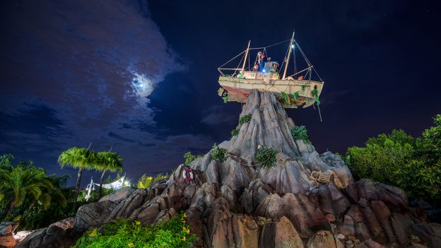 Typhoon Lagoon at Disney H20 Glow Party Nights, Walt Disney World Resort