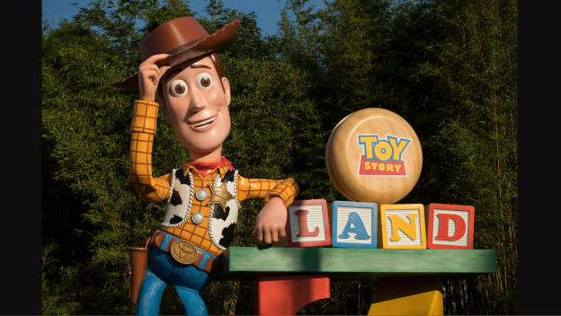 Woody Arrives in Toy Story Land