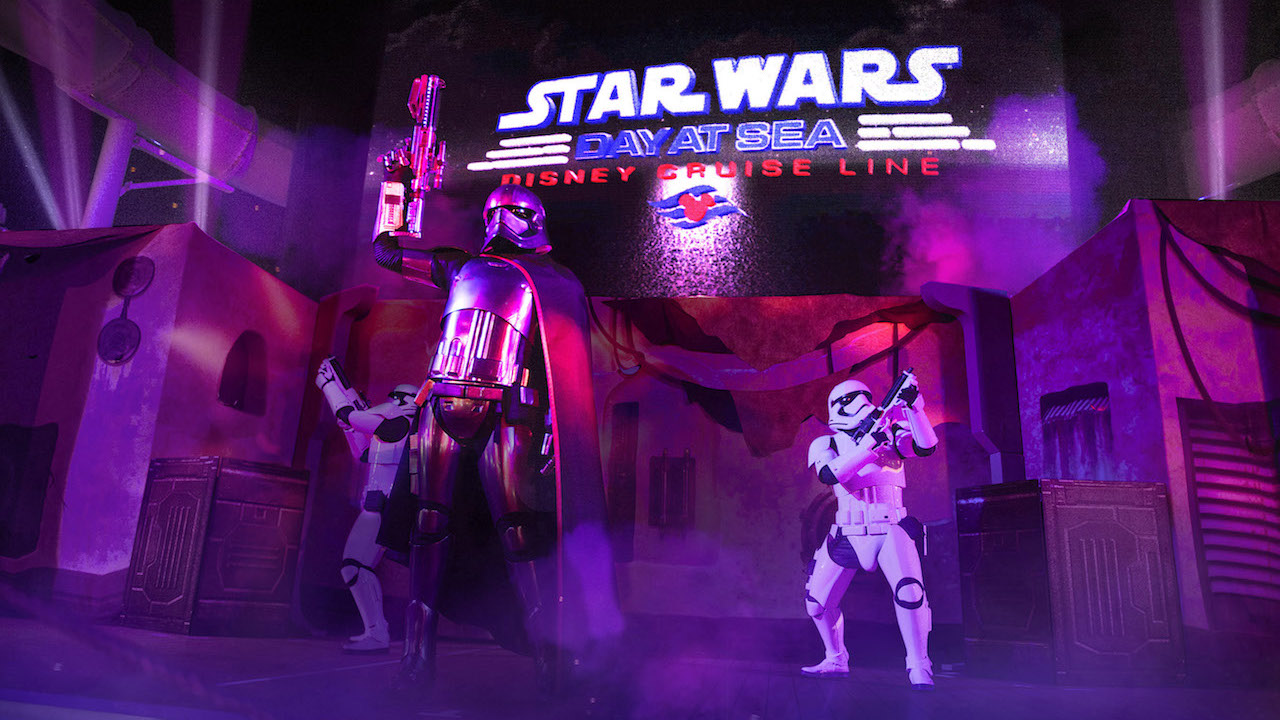 'Summon the Force' deck party on the Disney Fantasy