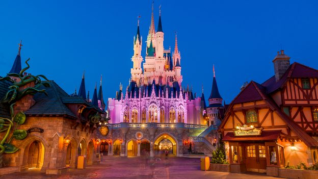 Cinderella Castle at dawn, Walt Disney World Resort