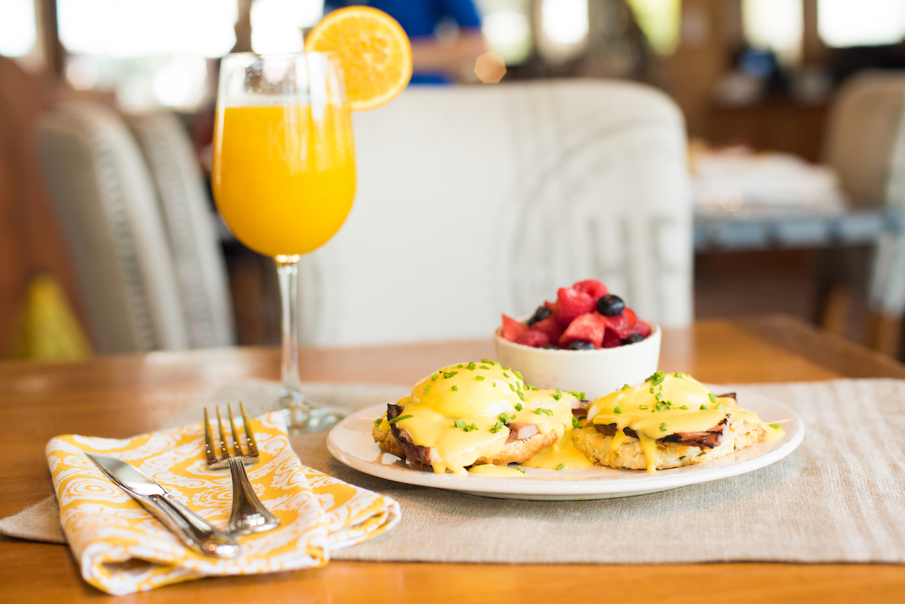 Country Benedict from Rise and Shine Southern Brunch at Chef Art Smith's Homecomin' at Disney Springs