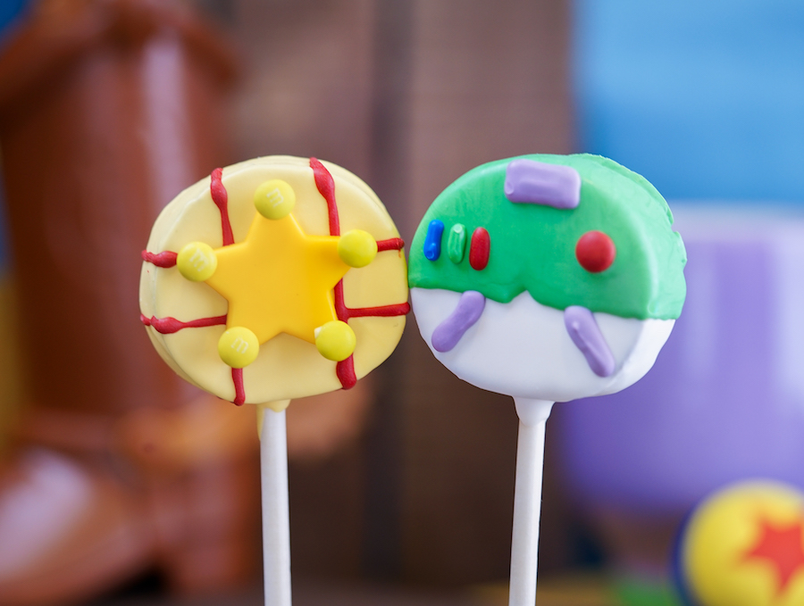 Pixar-Themed Cake Pops