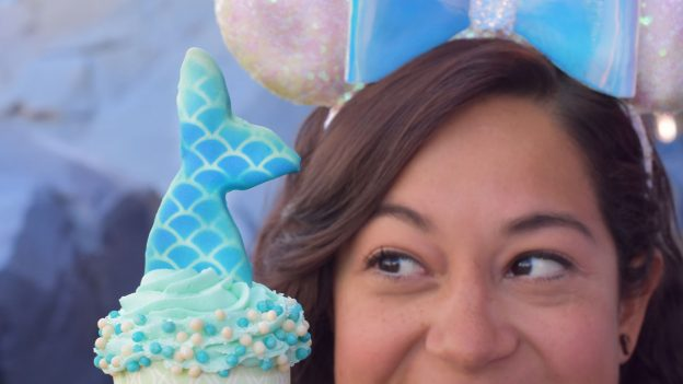 Mermaid Cupcake at Main Street Bakery at Magic Kingdom Park